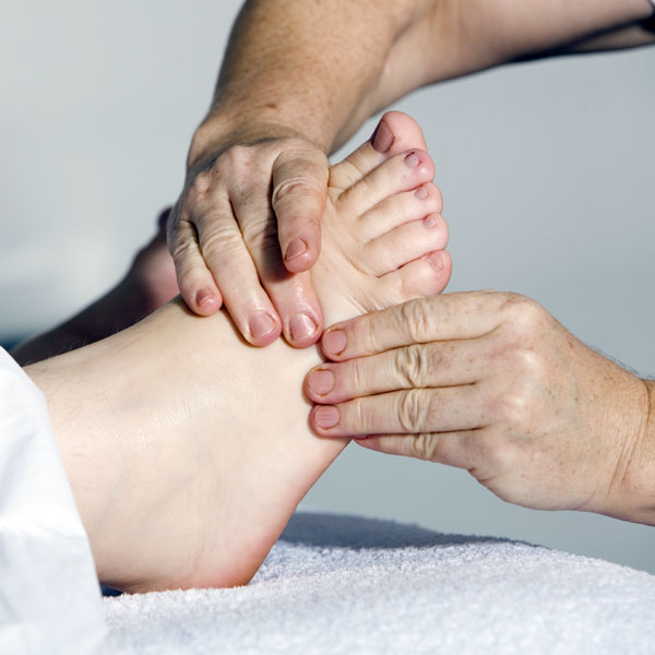 jala-therapies-foot-massage