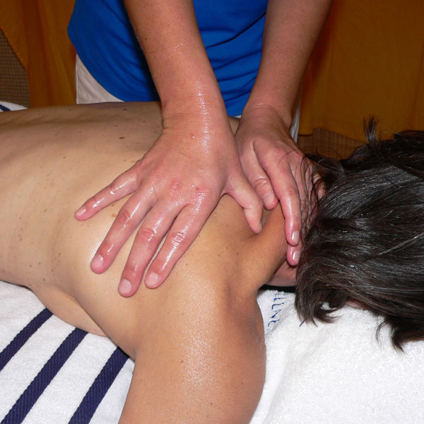 jala-therapies-neck-shoulder-massage