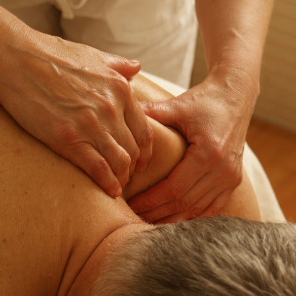 jala-therapies-shoulder-massage